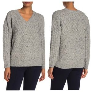 NWT Vince V-Neck Cable Knit Wool Blend Sweater